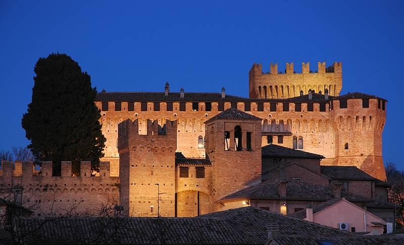 Castello di Gradara - Fake