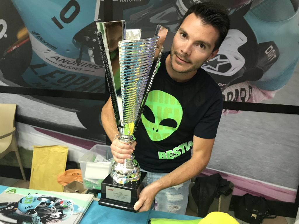 La coppa di Enea Bastianini al Gran Premio di Catalunya